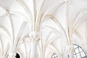 Plafond afwassen voor schilderen