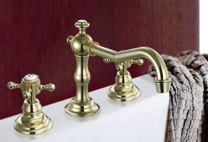 Gouden badkamer accessoires
